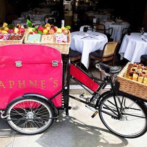 Daphne's ice cream cart, celebrating the tennis season