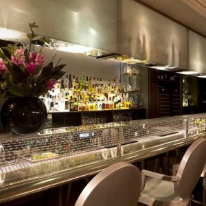 Retro Revival Cocktails at The Arch London