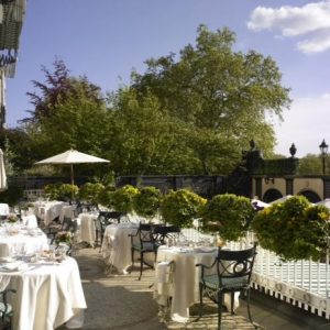 The Ritz London goes Alfresco