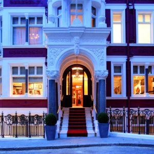St James's Hotel and Club Review – What We Thought