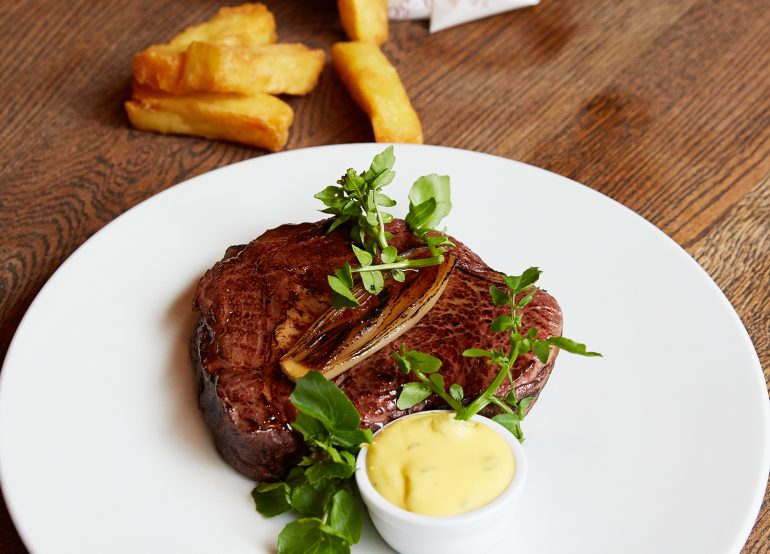 aberdeen-angus-rib-eye-bearnaise-triple-cooked-chips