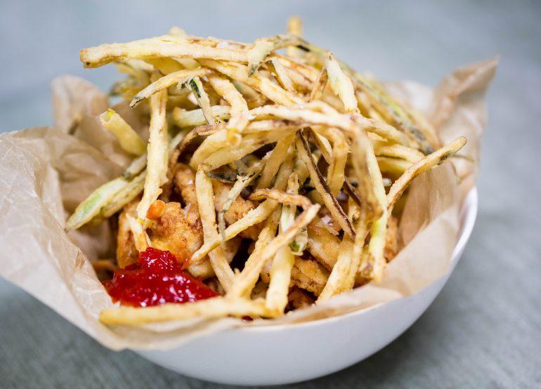 calamari-fritti-con-zucchini-e-marmellata-di-pepperoncini-deep-fried-calamari-with-zucchini-and-chilli-jam-3