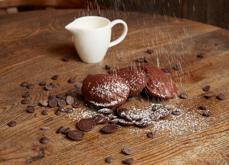 chocolate-madeleines-vanilla-creme-anglaise