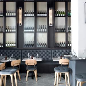 Arthur Hooper's Restaurant Opens