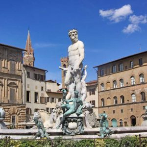 Statues, Silk and Sartoria: 10 Reasons to Visit Florence