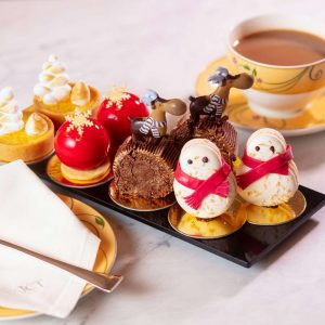 19 Of The Best Christmas Afternoon Teas