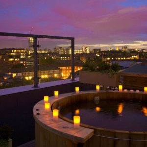 Jacouz-ME: London Hotels With Hot Tubs
