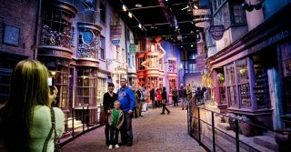 10 Places Harry Potter Fans Won't Want To Miss