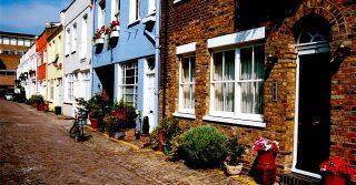 South Kensington - Mews Street