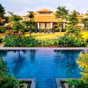 10 Of The Best Luxury Retreats Around The World