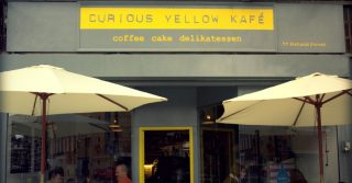 Curious Yellow Kafe