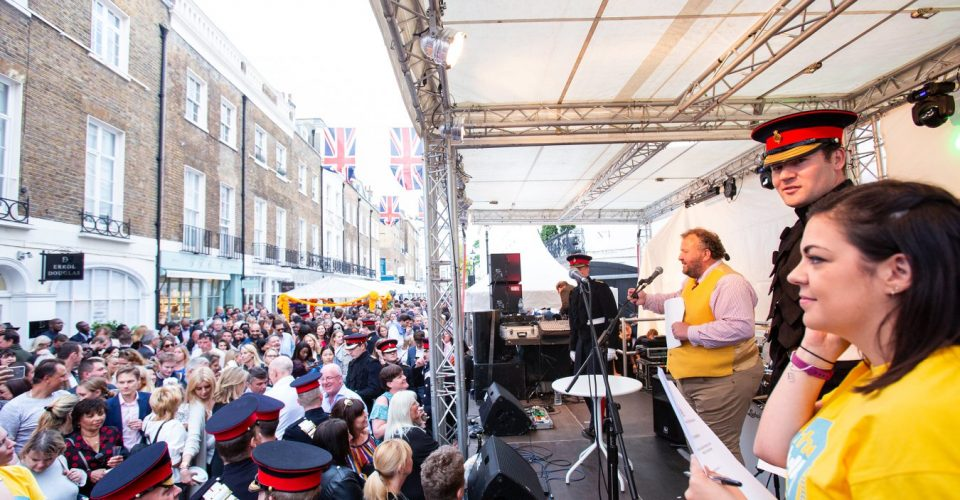 Motcomb Street Party: The Biggest Gathering Of Red ...