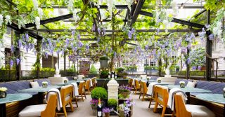 8 Courtyards To Cool Down In This Summer