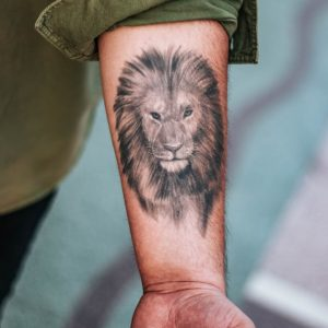 Celebrity Tattoo Parlours That Are Ink-Credible