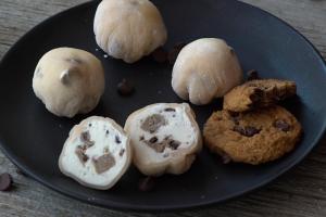 Little Moons: Cookie Dough Bites Bond Street
