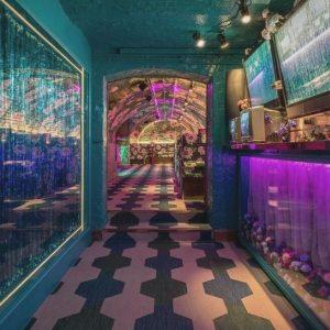 25 Secret Underground Drinking Spots